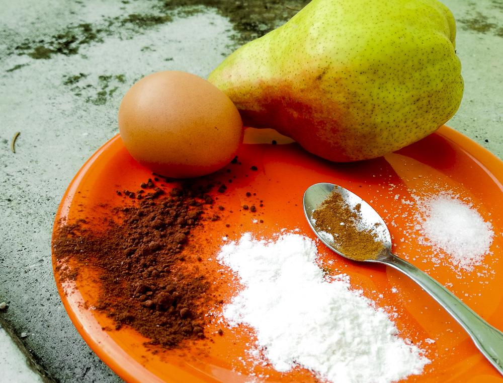Quattro quarti pere cacao